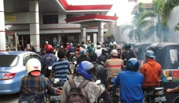 Foto Bulan Depan, Pertamina Resmikan SPBU Satu Harga di Paloh