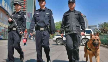 Foto Tentara China Lakukan Latihan Perang di Perbatasan dengan Myanmar