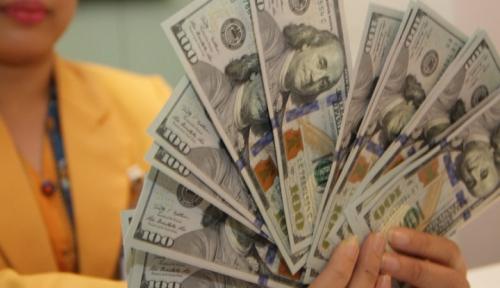 Foto Kurs Dollar AS Melemah