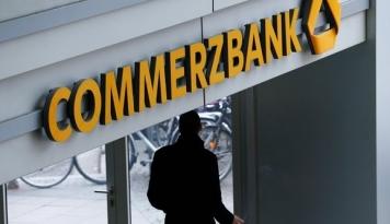 Foto Commerzbank Akan Pangkas 9.600 Pekerja