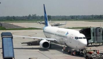 Foto Asik, Garuda Terbangkan