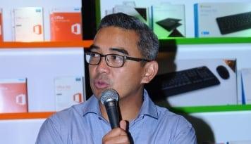 Foto Duh, Presenter Kondang Jadi Korban Counterfeit Software