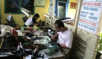 Foto Kenaikan Harga BBM Tambah Beban UKM di Sumut