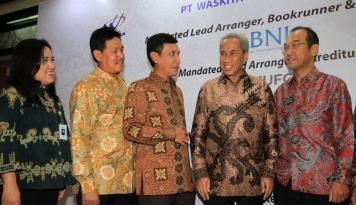 Foto Bangun LRT Palembang, Waskita Karya Peroleh Pembiayaan Sindikasi Rp4,59 Triliun