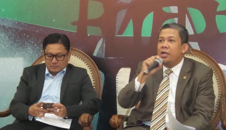 Foto Berita Meski Tak Ada Novanto, Kata Fahri DPR Aman