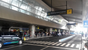 Foto Penumpang Arus Mudik Bandara Capai 80.385 Orang