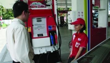 Foto BUMD: Stok BBM Jelang Akhir Tahun Aman