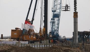 Foto Pembangunan Infrastruktur Bertujuan Tekan  Ekonomi Biaya Tinggi dan Inflasi