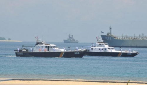 Foto TNI AL Tangkap dua Kapal Buron dari Malaysia
