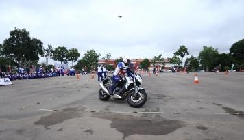 Foto Astra Honda Ajak 150 Pelajar Jago 'Ngeblog' Safety Riding