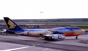 Foto Industri Penerbangan Lesu Akibat Corona, Bahkan Ada Maskapai yang Cuma Bawa 1 Orang