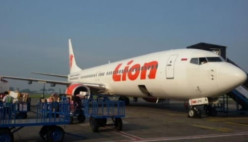 Foto Siapa yang Berikan Mic ke Neno, Berikut Penjelasan Lion Air Group