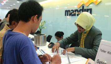 Foto Mandiri Siapkan Layanan Perbankan Terintegrasi Bagi Kimia Farma
