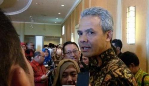 Foto Ada Bom Bunuh Diri di Kampungnya, Ganjar Jamin Tak Ganggu Arus Mudik