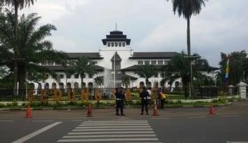 Foto Pendapatan Pajak Kota Bandung Naik 23 Persen