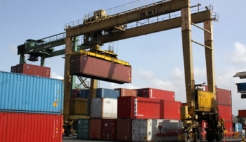 Foto Ekspor Naik 20%, Menhub Minta Terus Benahi Layanan Transportasi Laut