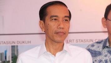 Foto Hadiri Tanwir Muhammadiyah, Jokowi Bertolak ke Maluku