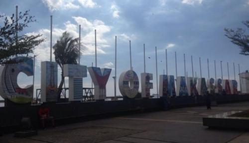 Foto OJK Pertegas Makassar Jadi Pusat Bisnis di Sulsel