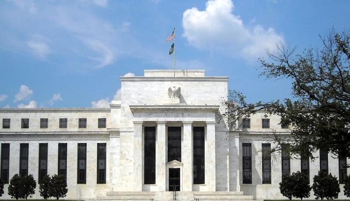 Foto Berita The Fed Yakin Kenaikan Suku Bunga Cara Terbaik untuk Maju
