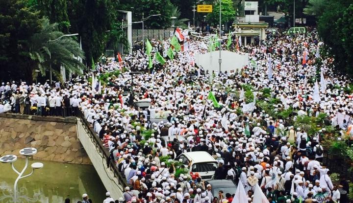Foto Berita Massa dari Jabar Mau ke Jakarta, Kapolda: Kami Akan Cegah Sekuat Tenaga