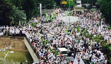 Foto Seribuan Guru PAUD Lampung Demo Tuntut Kesetaraan