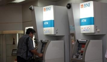 Foto Biaya Transaksi Antarbank BUMN Diupayakan Gratis