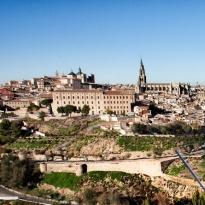 Cabut Lockdown, Spanyol Mau Sambut Wisatawan 2 Bulan ke Depan