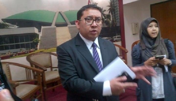 Foto Berita Tak Kunjung Deklarasi, Fadli Bantah Prabowo Kurang Logistik