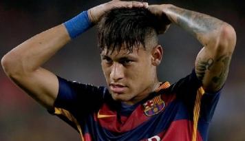 Foto Ketika Presiden Prancis Komentar soal Transfer Neymar