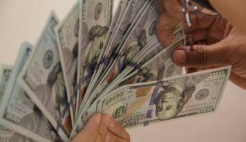 Foto Sejumlah Laporan Ekonomi Bikin Kurs Dolar AS Bervariasi