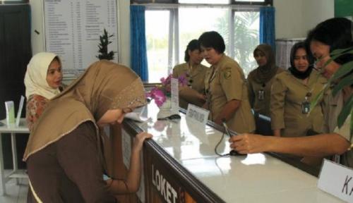 Foto DPRD Riau Imbau Pemprov Lakukan Tes Urine Kepada ASN