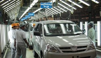 Foto Toyota Incar Kenaikan Pangsa Pasar di Jawa Timur