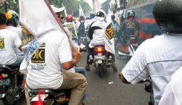 Foto PKS Gelar Aksi Solidaritas untuk Korban Banjir Bima