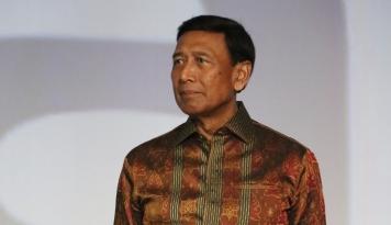 Foto Menko Polhukam Minta Masyarakat Hormati Umat Beragama dalam Beribadah