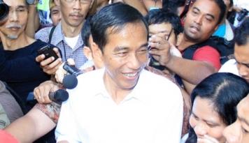 Foto Jokowi Tengah Cari Bentuk Pas Rasionalisasi PNS