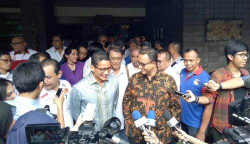 Foto Anies-Sandi dan Perindo Prihatin dengan UKM Jakarta