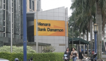 Foto Serikat Pekerja Bank Danamon Demo Tolak PHK