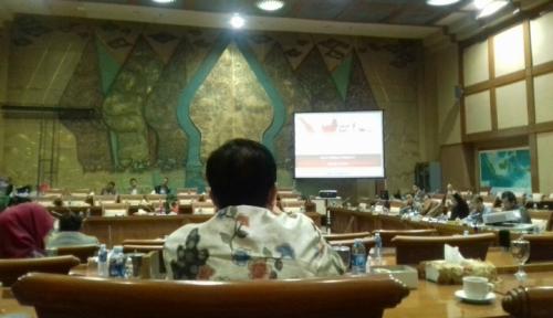 Foto Pertengahan April, Komisi XI Akan Uji Calon DK-OJK