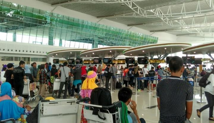 Foto Berita Bandara Sam Ratulangi Koordinasi dengan BMKG Soal Cuaca