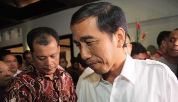 Foto Jokowi: Demokrasi Kita Sudah Kebablasan