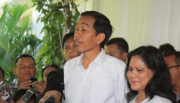 Foto Agustusan, MPR RI Undang Iriana Jokowi Ikut Lomba Cerdas Cermat