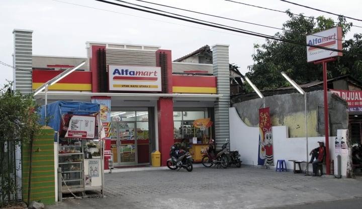 Foto Berita Wow, Laba Pemilik Alfamart Meroket 244,46%