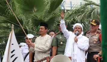 Foto FPI Gelar Doa Bersama, Polisi Kaji Izinnya