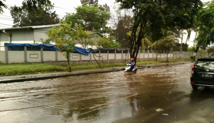 Foto Berita Aher: Jabar Siaga Banjir