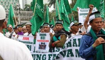 Foto Stop Kriminalisasi Ulama, Seru GNPF-MUI