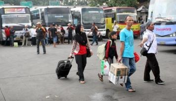 Foto Penjualan Tiket Bus Terminal Solo Dipusatkan di Satu Titik