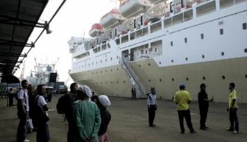 Foto Info Mudik: Pelabuhan Tanjung Surabaya Terpantau Masih Lengang
