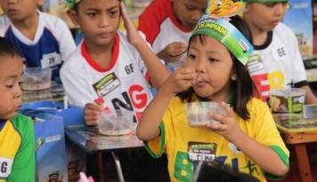 Foto Nestle Indonesia Ajak Anak Terapkan Pola Makan Sehat