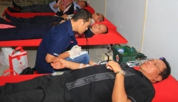 Foto Aksi Peduli Kasih Discovery Hotel & Convention Ancol Lewat Donor Darah