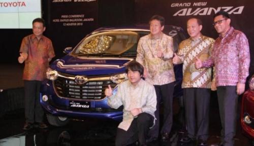 Foto Avanza Dongkrak Penjualan Toyota